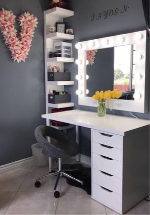 ‼️Vanity makeup mirrors for sale‼️ for Sale in Schaumburg, IL
