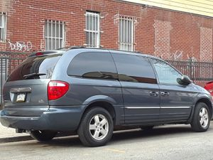 2002 Chrysler town and country for Sale in Queens, NY