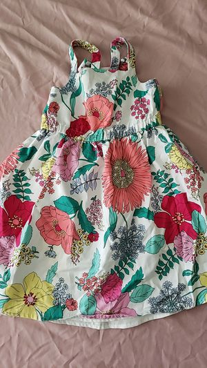 Beautiful baby girl flower dress for Sale in Tampa, FL