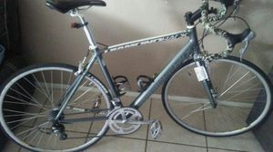 A beautiful road bike super light hey everything must pick up $700 for Sale in North Las Vegas, NV