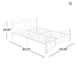 White queen size bed frame for Sale in Bethlehem, PA