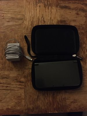 Nintendo 3DS XL w/case and charger for Sale in Glendale, AZ