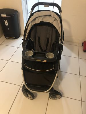 Graco stroller for Sale in Lauderhill, FL