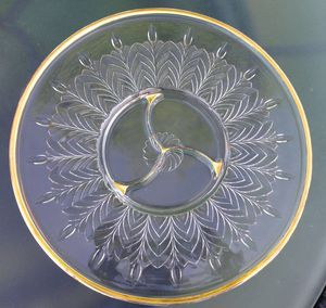 """Vintage 1950s Clear Reverse Cut Glass 24KT Gold Rimmed Large Hors D'oeuvres Platter Party Serving Tray Dish 14"""" for Sale in Paris, KY"""