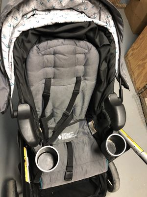 Graco modes stroller, car seat, & 2 bases for Sale in Fairfax, VA