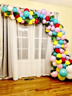 Luau/unicorn theme balloon garland for Sale in Woodbridge, VA