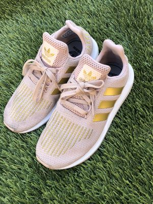 Girls Adidas size 2 for Sale in Calexico, CA