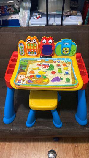 Kids vtech activity play desk for Sale in Boca Raton, FL