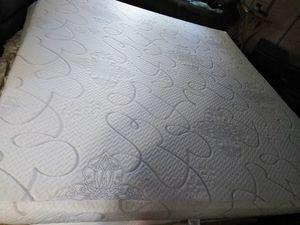 King size mattress for Sale in Everett, WA