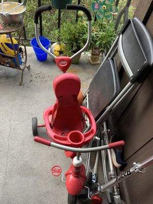 Kids Bike (tricycle) by Radeo Flyer. for Sale in SeaTac, WA