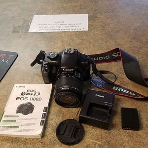 CANON EOS REBEL T3 1000D 12.2MP DIGITAL SLR CAMERA WITH CHARGER BATTERY MANUAL & BAG NO MEMORY CARD PRICE FIRM NO TRADES NO DELIVERIES for Sale in Mesa, AZ