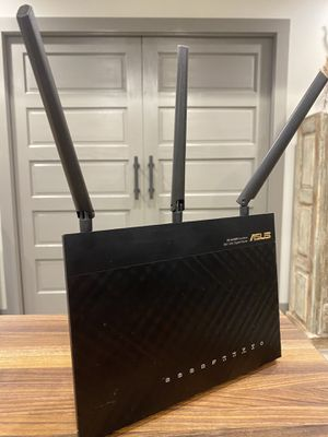 ASUS RT-AC68R Dual Band Gigabit Router for Sale in New Orleans, LA