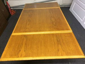 Antique Expandable Oak Dining Table- Newly Refurbished !!! for Sale in Pacifica, CA