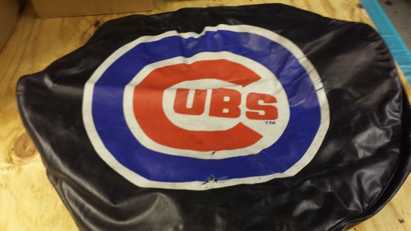 Chicago Cubs tire cover
