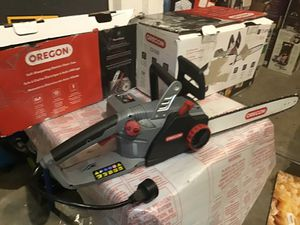 "Oregon 18"" 15 amp electric self sharpening saw excellent used slightly in original box for Sale in Las Vegas, NV"