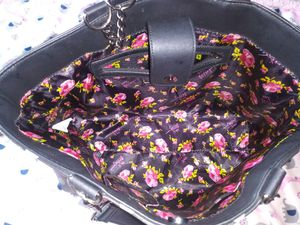 Bow purse for Sale in Lynwood, CA