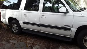 Chevy Suburban for Sale in Gulfport, FL