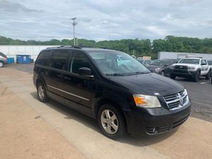 2010 Dodge Grand Caravan Stow N feature for Sale in Carnegie, PA