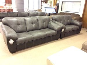 Two Tone Black And Graye Sofa Loveseat For In Columbus Oh