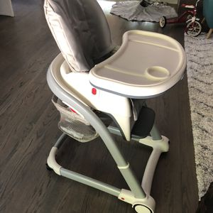High Chair Multi Stage for Sale in Claremont, CA
