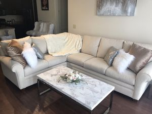 Lazy Boy Sectional Couch for Sale in Nashville, TN