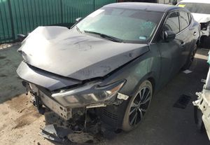 2017 Nissan Maxima for parts parting out oem part for Sale in Miami, FL