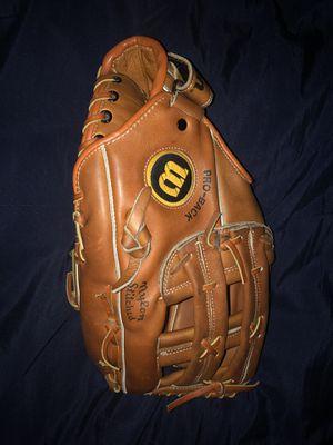 Wilson ACH2170 Jim Catfish Hunter Baseball Glove Pro-Back Model RHT for Sale in Las Vegas, NV