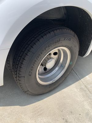 6 Tires 215/85/16 F350 dually Goodrich with rims for Sale in Fontana, CA