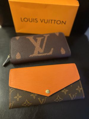 women's wallet take 2 for only $120 for Sale in San Leandro, CA
