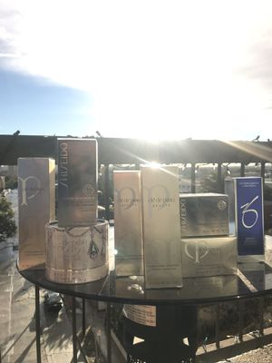 Luxe Skincare Moving Beauty Sale for Sale in San Francisco, CA