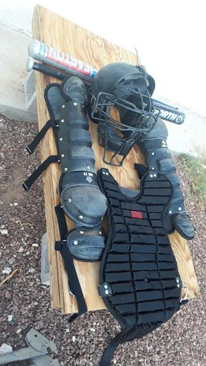 Baseball catcher gear + 2 bats . 70 or best offer for Sale in Phoenix, AZ