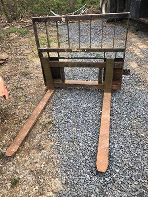 Pallet forks for skid steer Heavy duty for Sale in Gordonsville, VA