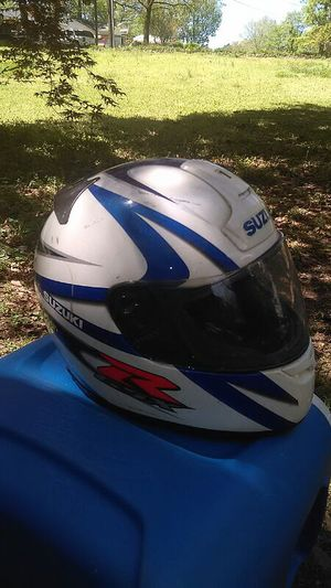 RF-900 SHOEI SUZUKI R GSX MOTORCYCLE HELMET/ SIZE XL for Sale in Atlanta, GA