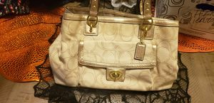 Coach purse for Sale in Mountain City, TX