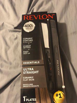 Revlon hair straightener. New in box for Sale in Mount Laurel Township, NJ