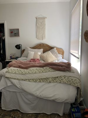 Complete bedroom set for Sale in Durham, NC