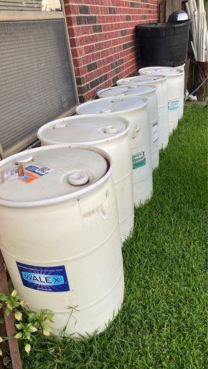Plastic Barrels / Barriles de Plástico for Sale in Houston, TX