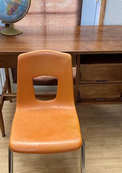 Vintage Artco-Bell Office Desk Chair for Sale in Fullerton,  CA