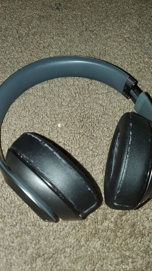 Beats studio wireless (used) for Sale in San Diego, CA