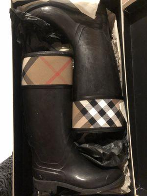 Burberry Rain Boots Sz 6 for Sale in Bristow, VA
