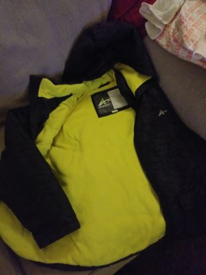 Boys size L 10/12 Athletech jacket for Sale in Tulsa, OK