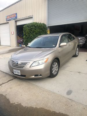 Toyota Camry xle for Sale in Richmond, VA