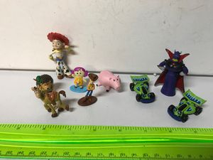 """Toy story super mini 7 figures 1-1,5"""" long and 2 figures 2,1/4 """" long for Sale in Kirkland, WA"""