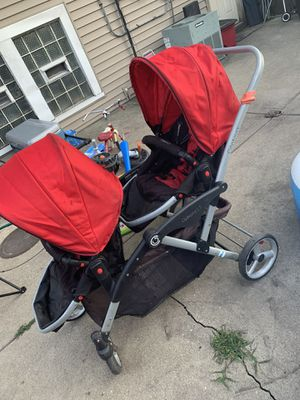 Double stroller for Sale in Cicero, IL