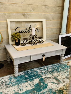 Grey farmhouse living room set coffee table and two end tables for Sale in Sumner, WA