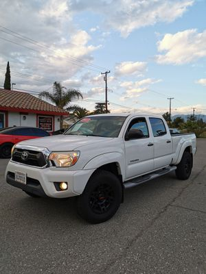 2013 Toyota tacoma long bed v6.... for Sale in Colton, CA