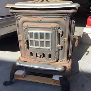 Cast Iron Stove/ Heater. for Sale in San Juan Capistrano, CA