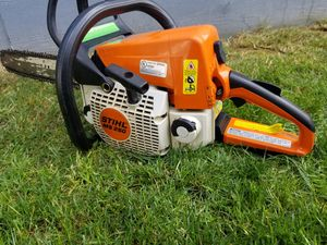 """STIHL MS250 CHAINSAW 18"""" BAR WORK PERFECT for Sale in Puyallup, WA"""
