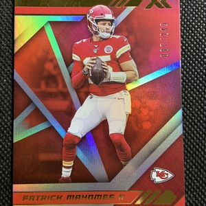 2020 Panini Xr /249 Patrick Mahomes Kc Chiefs Mvp🔥🔥🔥 for Sale in Spring Valley, CA