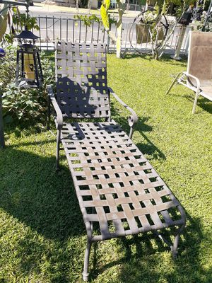 Pool chair for Sale in Glendale, AZ
